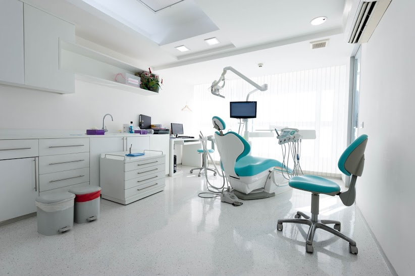 Dental clinic in London treatment room with dental equipment